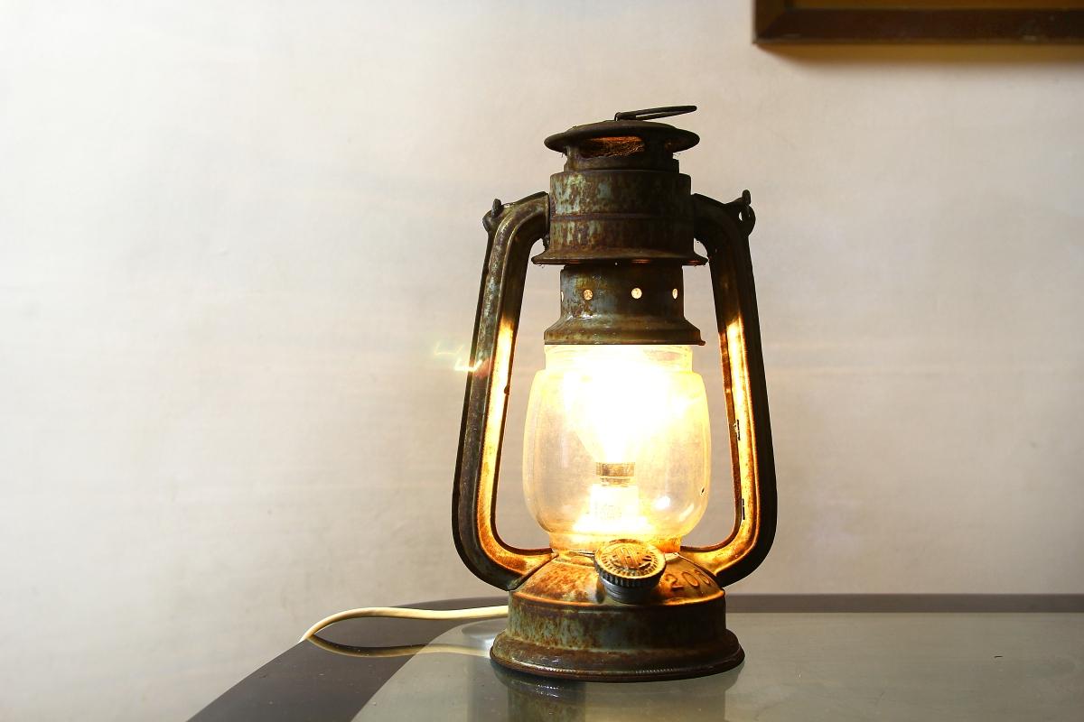 272645-lantern