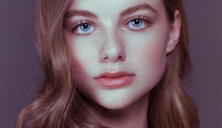 model-subject-direct-posing-portrait-1